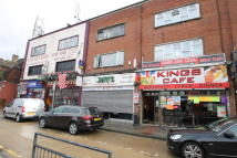 Restaurant in Kingsbury Road, London to rent