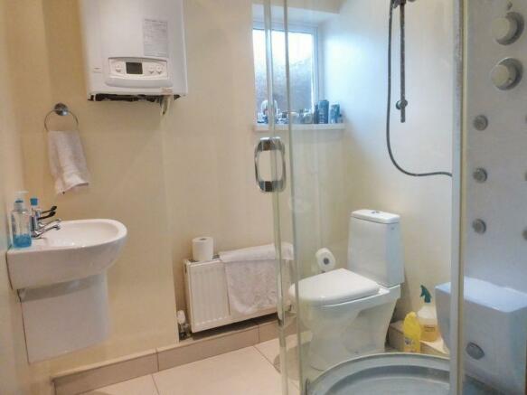 Shower Room (G...