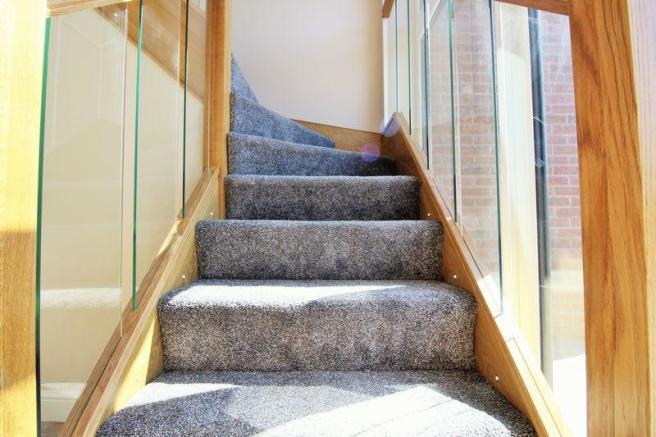 Inset Staircas...