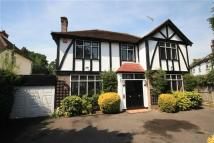 5 bedroom Detached property in West Drive, Harrow Weald