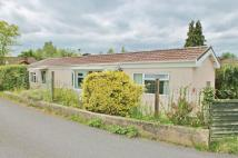 2 bedroom Detached Bungalow in Lake Louise, Latton...