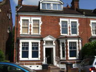 2 bedroom Flat in Highgate Avenue, London...