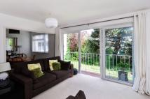 2 bedroom Flat for sale in River Grove Park...