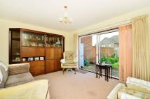 2 bed Maisonette for sale in Kingston Crescent...