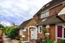 Maisonette to rent in Churchfields Road...
