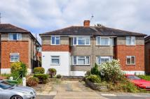 2 bedroom Flat to rent in Meadowview Road...