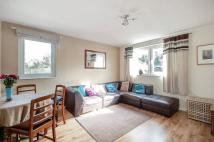 Flat to rent in Porchester Mead...