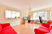2 bed Flat in Hackington Crescent...