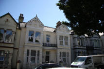 3 bedroom Ground Flat in Connaught Avenue, Mutley...