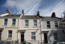 Studio flat in MOLESWORTH ROAD...