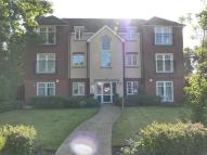 Apartment in Hawthorne Court...