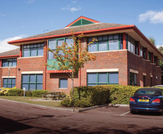 office to rent in 12 13 bracknell beeches old bracknell