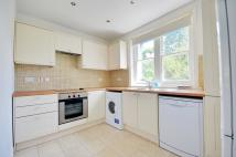 2 bed Flat in Alderbourne Manor...
