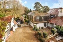 3 bedroom Detached house in Nightingales Lane...