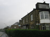 Flat to rent in Bradford Road, Saltaire...