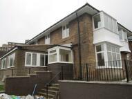 1 bedroom Flat in Old Park Road, Bradford...