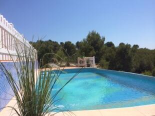 Luxury new villa
