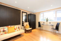 Studio flat in 13 Craven Hill, London...