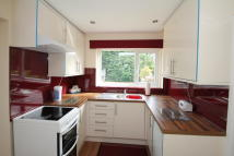 2 bed semi detached property in BOXTED ROAD...