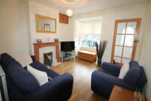 MANOR AVENUE Terraced house to rent