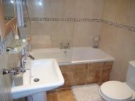 property to rent in Heywood Avenue, London, NW9