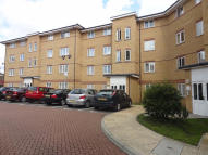 2 bed Flat to rent in Rushgrove Street, London...