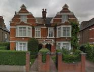 5 bedroom Ground Flat to rent in Fordhook Avenue, Ealing