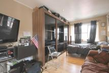 Studio apartment in Balfour Avenue