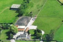 4 bed Detached home in Water End...