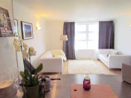 Apartment to rent in Worgan Street, London...