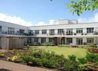 2 bedroom Flat to rent in Canniesburn Quadrant...