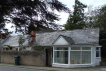Detached Bungalow to rent in The Spinney...