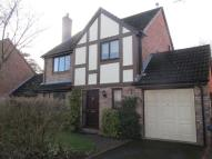 4 bed Detached house to rent in Woodlands Close,