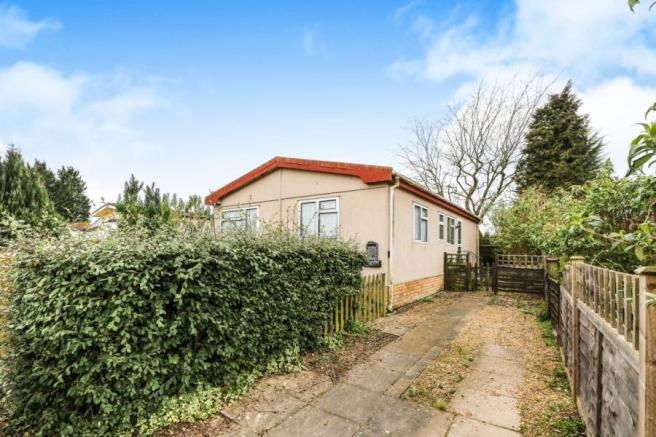 2 Bedroom Mobile Home For Sale In Jacks Hill Park