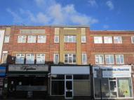 Flat to rent in High Street West Wickham...