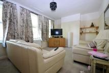 3 bed Maisonette for sale in Windsor Drive Orpington...