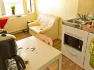 Flat to rent in Churchgate, Loughborough,