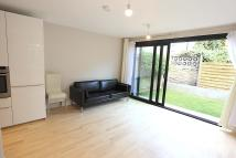 2 bed Ground Flat in Goldsboro Road...