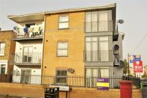 2 bed Flat to rent in 6 Hatfield Road, London...
