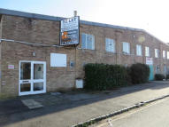 property to rent in Unit 1a Thamesview Industrial Estate,