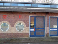 property to rent in Van Alloys Industrial Estate, 