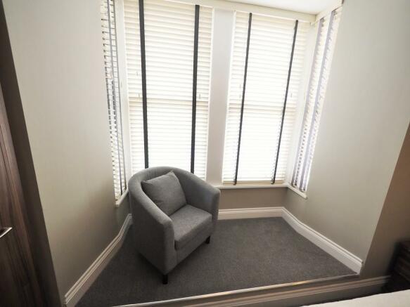 Bedroom 1 Snug