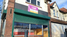 Shop to rent in 24 Duke Of York Avenue...