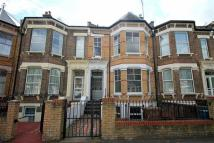 Flat to rent in Newick Road, London, E5