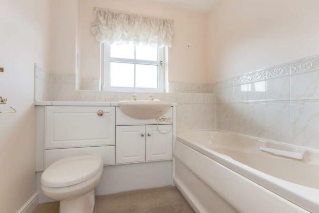 12_Bathroom