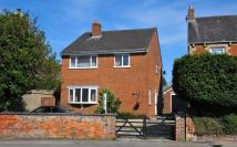 4 bed Detached house for sale in Station Road, Eynsham