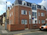 Flat to rent in Station Road, Rainham...