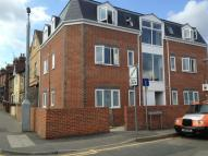 Flat to rent in Station Road, Rainham...