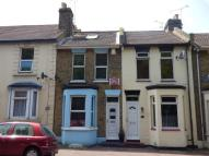 3 bedroom Terraced home to rent in Kingswood Road...