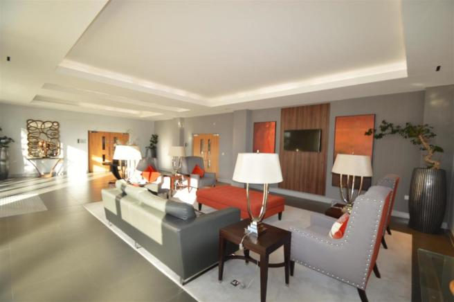 Example of Lounge (2